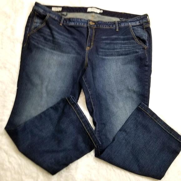 Plus size torrid bootcut Jean's size 28